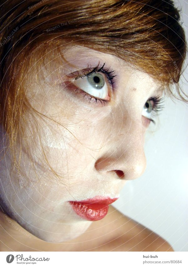 Be a cruel wonderfull vampire Frau Mensch schön rot Tier Auge Tod gruselig fantastisch obskur böse Blut Fantasygeschichte beißen Lippenstift