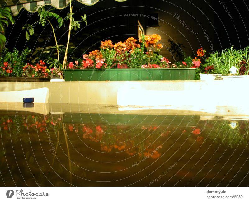Balkon Blume Tisch Stuhl