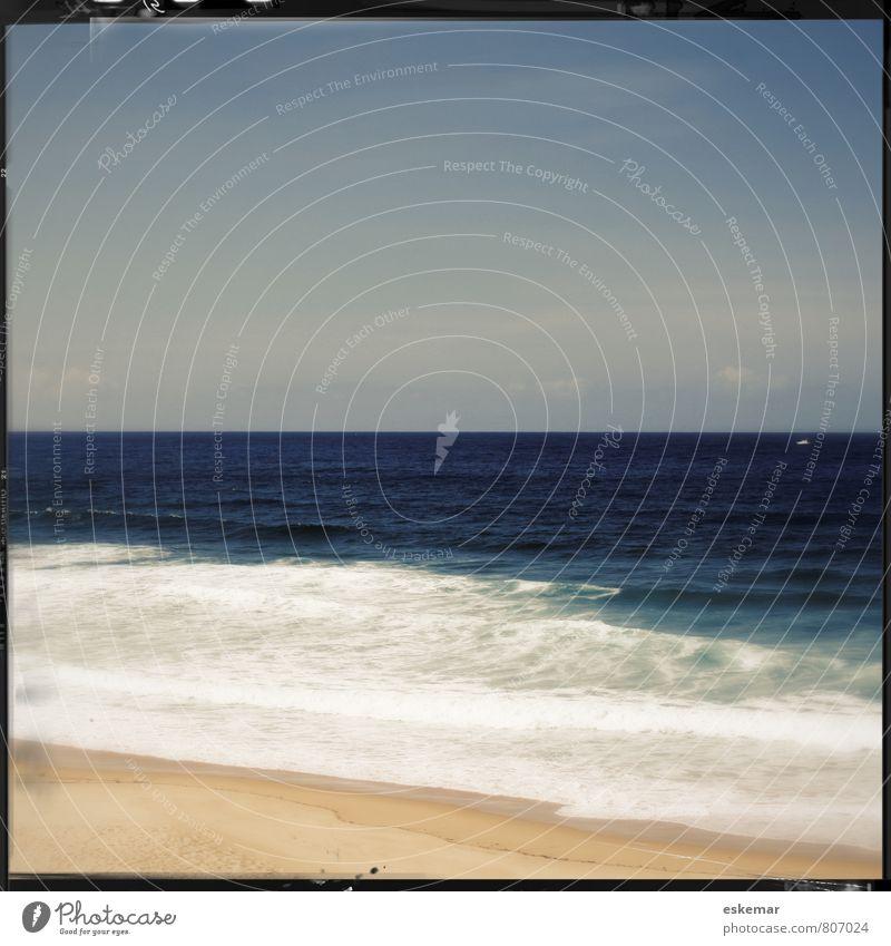 Strand Natur Ferien & Urlaub & Reisen blau Wasser Sommer Meer ruhig Landschaft Ferne Küste Sand Wellen Tourismus Schönes Wetter retro