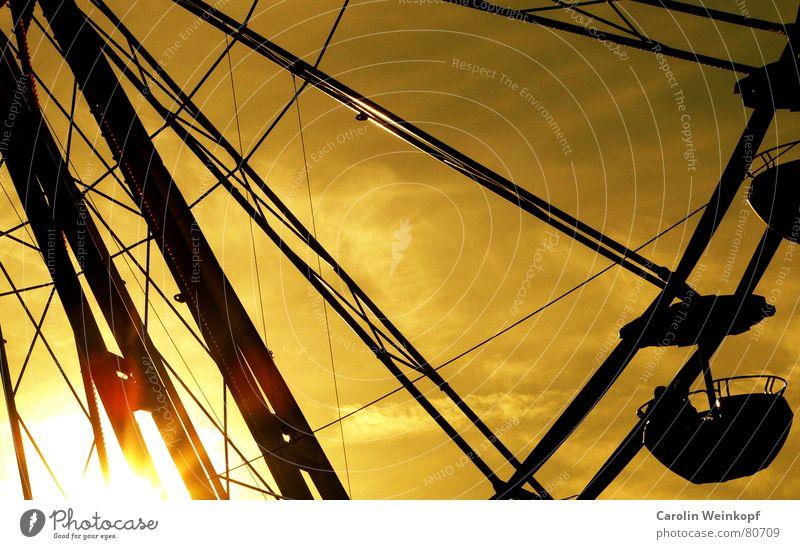 vergnügen Freude Riesenrad Sonnenuntergang Winter Weihnachtsmarkt Abend Zeitvertreib Leben Himmel Abenddämmerung