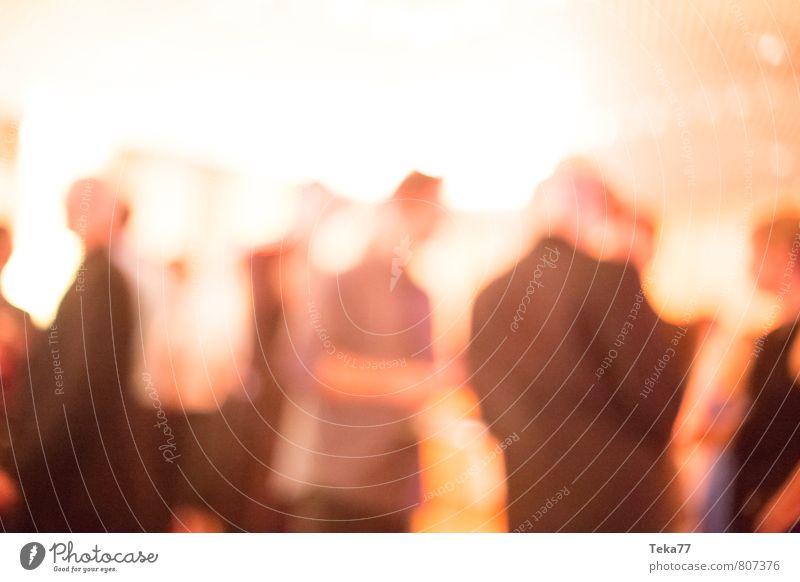 Auf der Party I Mensch Frau Ferien & Urlaub & Reisen Jugendliche 18-30 Jahre Erwachsene Stil Feste & Feiern Menschengruppe Musik elegant Design Tourismus Tanzen