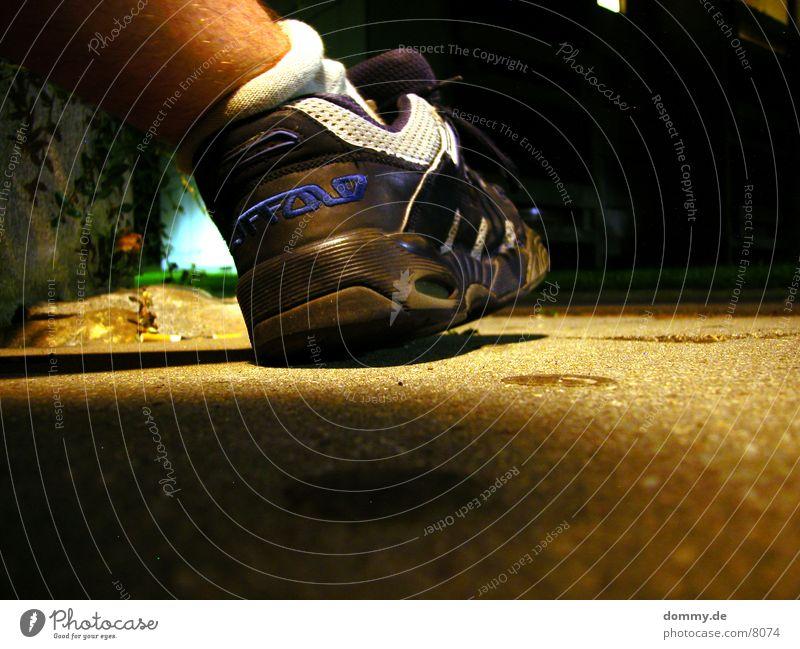 chillen Nacht Langzeitbelichtung Schuhe rumsitzen Erholung