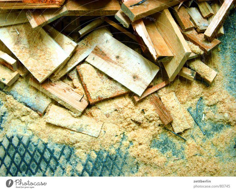 Heizperiode Säge Sägewerk Modellbau nachwachsender Rohstoff Sekundärrohstoff CO2-Ausstoß Bastler anbiedern Sägemehl Holz Brennholz Ozonloch Heimwerker