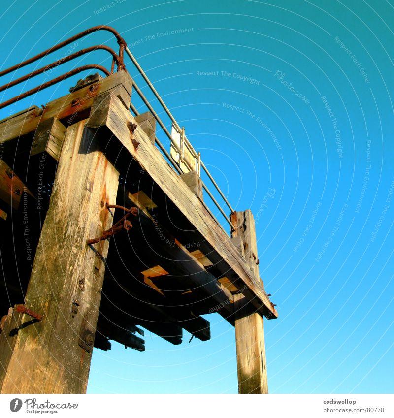 britania pier Himmel Strand Küste Hafen historisch Zaun Anlegestelle Nordsee England Pfosten Sprungbrett Great Yarmouth