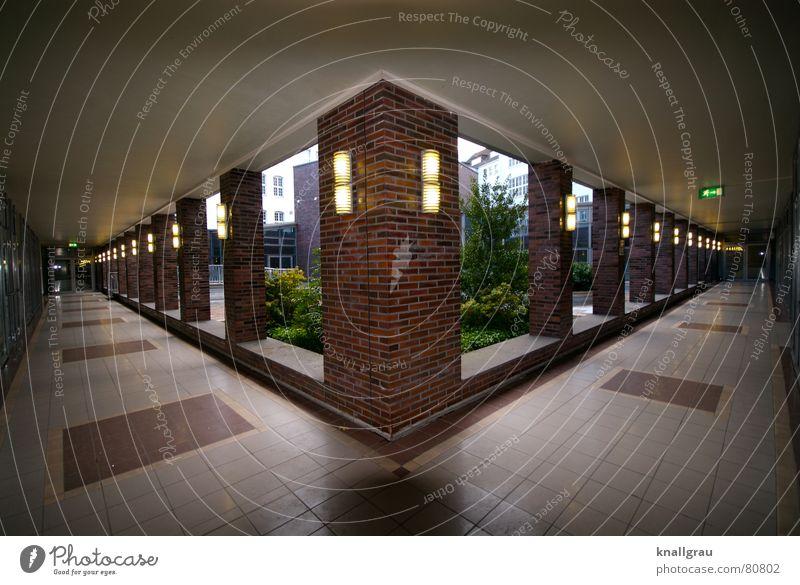 angeeckt Verschiedenheit Fußgängerzone Notausgang planlos Foyer Atrium Arkaden einschließen Wissenschaften Geometrie Ordnung Vorgarten Lampe abstrakt links