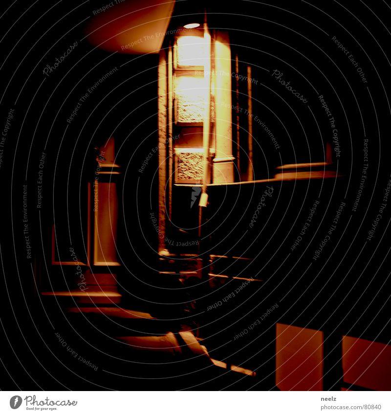 draussn hell Beleuchtung Architektur Wohnung Tür Flügel Hotel Tor Eingang Loch Griff Altbau Hauseingang Luke
