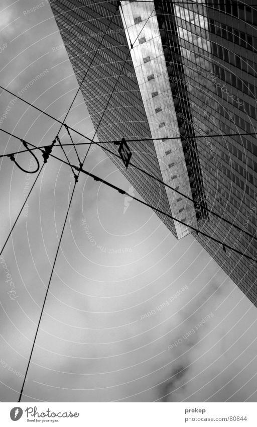 Aerotonomy Himmel Ferien & Urlaub & Reisen Wege & Pfade Lampe gehen laufen modern Hochhaus Kabel trist Macht Sturz Verbindung Langeweile Flucht Leitung