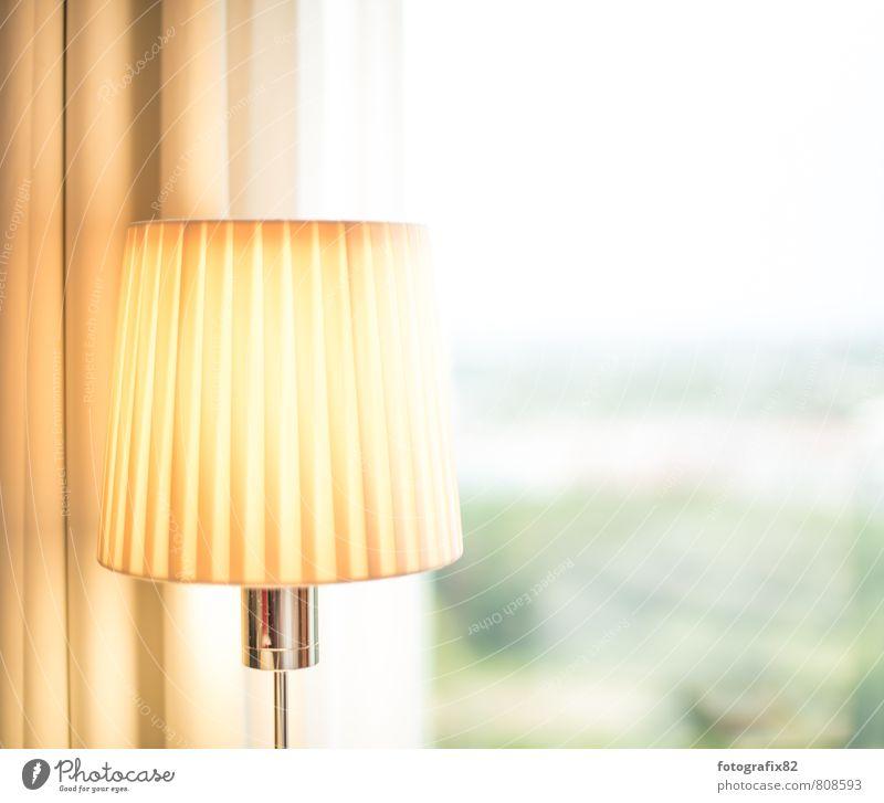 ich lass für dich das licht an. Stadtzentrum hell Lampe Blick nach vorn Leselampe Hotelzimmer Erkenntnis Ferne Aussicht Vorhang Beleuchtung gelb Gelbstich