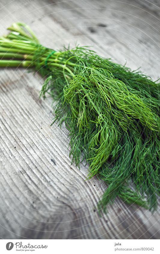 dill Lebensmittel Kräuter & Gewürze Dill Bioprodukte Vegetarische Ernährung Gesunde Ernährung einfach frisch Gesundheit lecker natürlich grün Holztisch Farbfoto