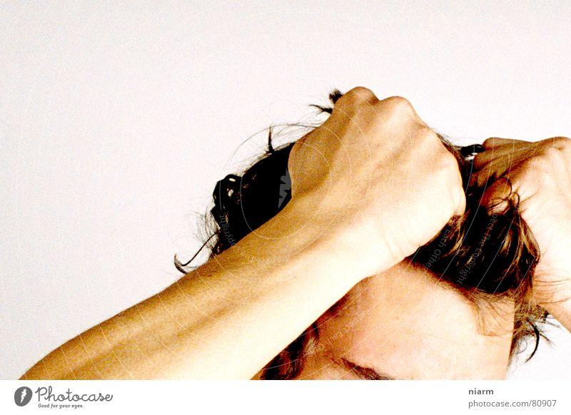 verzweifeln Hand Traurigkeit Haare & Frisuren Denken Kopf Arme Perspektive Trauer Wut Meinung schreien Irritation Verzweiflung böse Sorge Aggression