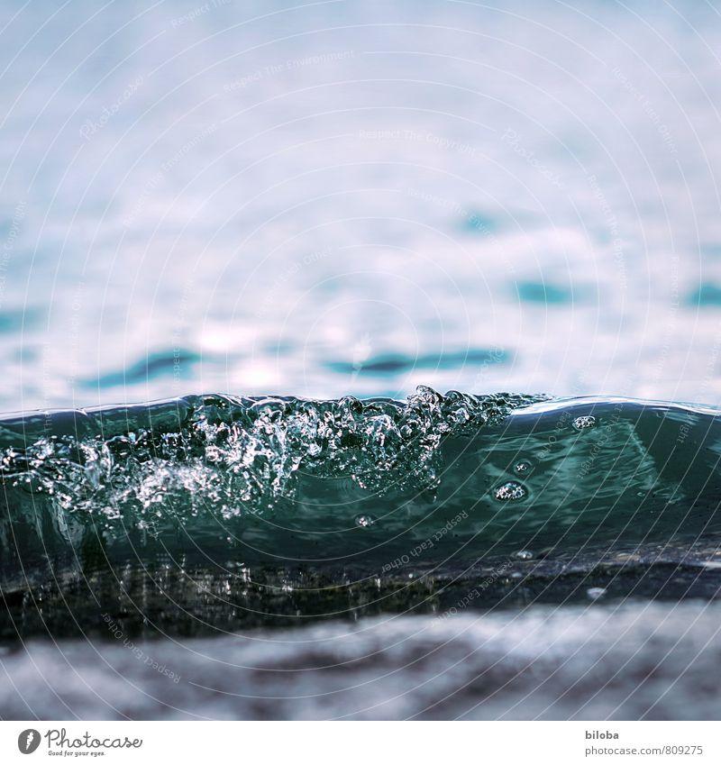 Frisches Wasser Natur blau weiß Wasser Küste Wellen Trinkwasser Wassertropfen Urelemente Seeufer Quelle
