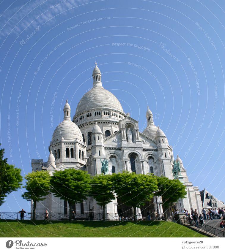 in Paris Himmel Baum blau Gebäude Kunst Sehenswürdigkeit