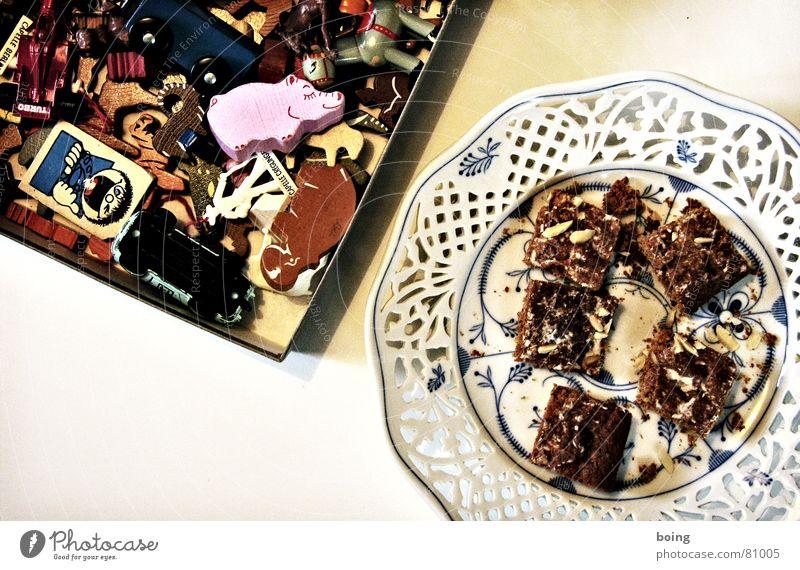 Nasenhaarfrisur getrimmt, ab ins Bett Weihnachten & Advent rosa Tisch Spielzeug China Süßwaren Teller Karton Kiste Plätzchen Weihnachtsdekoration scheckig Lebkuchen Weihnachtsgebäck Eisenbahnwaggon Flußpferd