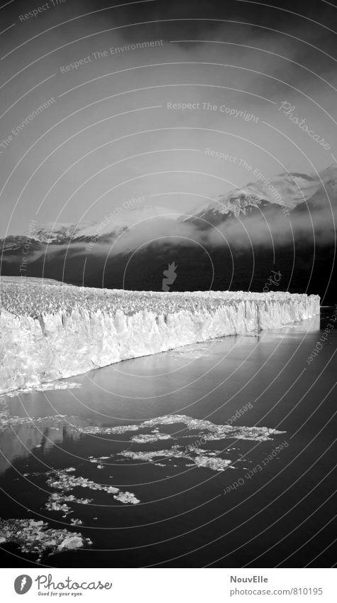 Hold your breath. Umwelt Natur Landschaft Urelemente Wasser Himmel Winter Eis Frost Schnee Schneefall Gipfel Schneebedeckte Gipfel Gletscher ästhetisch