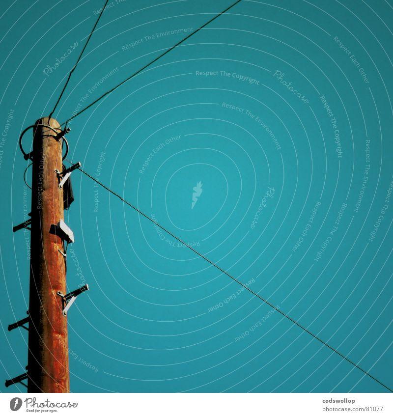 three way conversation Himmel blau Wege & Pfade Kommunizieren 3 Kabel Internet Irritation England Verbundenheit Informationstechnologie Chatten Schnake Suffolk