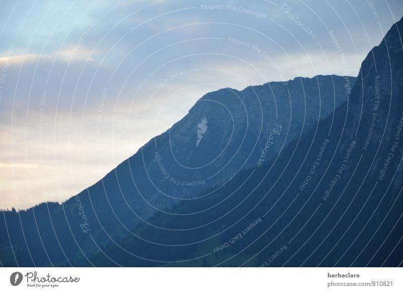 Tagesanbruch Landschaft Urelemente Himmel Wolken Klima Schönes Wetter Wald Felsen Alpen Berge u. Gebirge Ferne hell hoch blau Stimmung Freiheit Horizont Natur