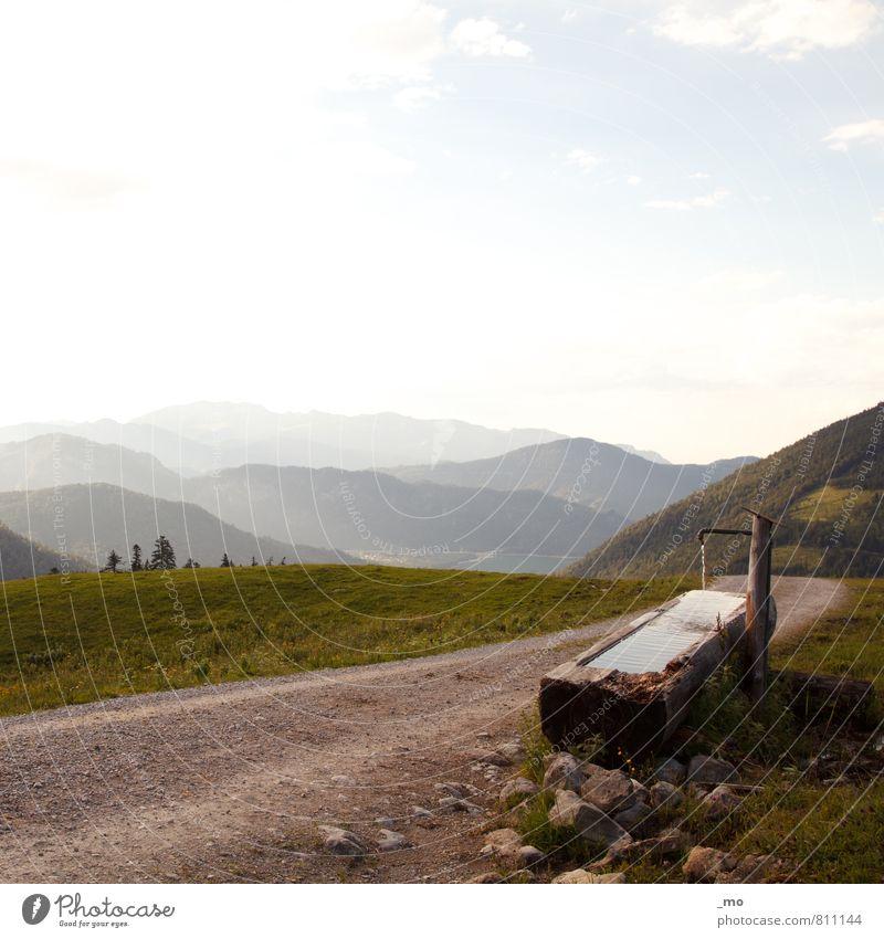 an der Quelle Wasser ruhig Ausflug Abenteuer Ferne Freiheit Sommer Berge u. Gebirge wandern Umwelt Natur Landschaft Horizont Sonnenlicht Schönes Wetter Hügel