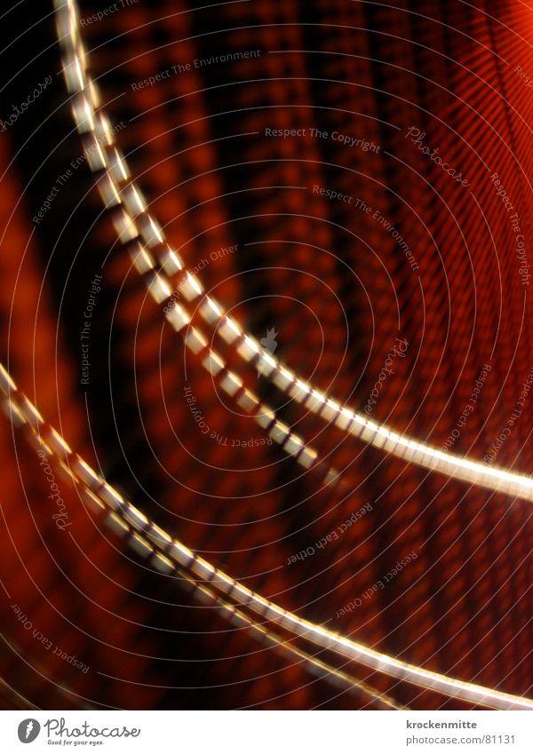 Lichterketten rot Bewegung Lampe Linie Beleuchtung Verkehr tief Dynamik Kurve Wiederholung Kette brechen ziehen Schwung Lichteinfall Lichtschein