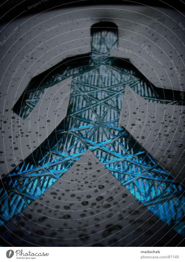 GREEN MAN WALKING Mann blau grün Bewegung Beine Regen Körper gehen Arme offen nass laufen Schilder & Markierungen maskulin Verkehr Erfolg