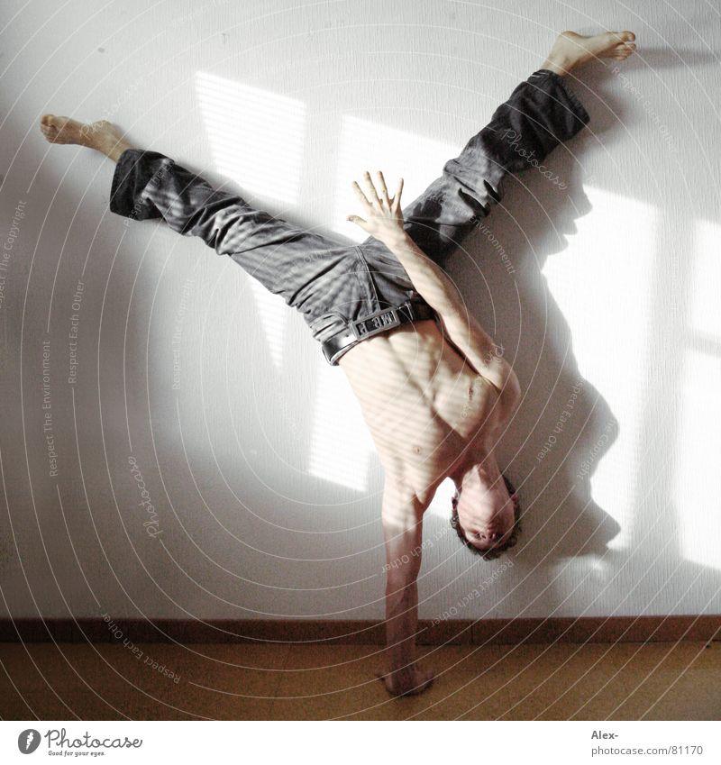 Why Hiphop Sprechgesang Körperhaltung Mann Licht stark Buchstaben Stunt Tanzen Kraft Tänzer breaker Muskulatur Elektrizität Jugendliche Schatten Musik
