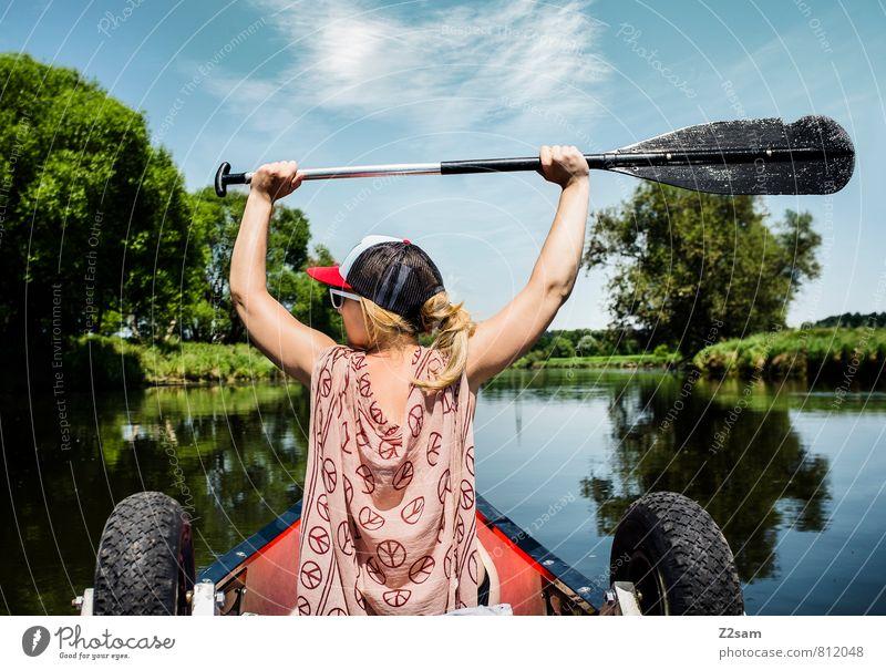 Piratin II Ferien & Urlaub & Reisen Ausflug Abenteuer Sommerurlaub Wassersport feminin Junge Frau Jugendliche 18-30 Jahre Erwachsene Landschaft Himmel Baum