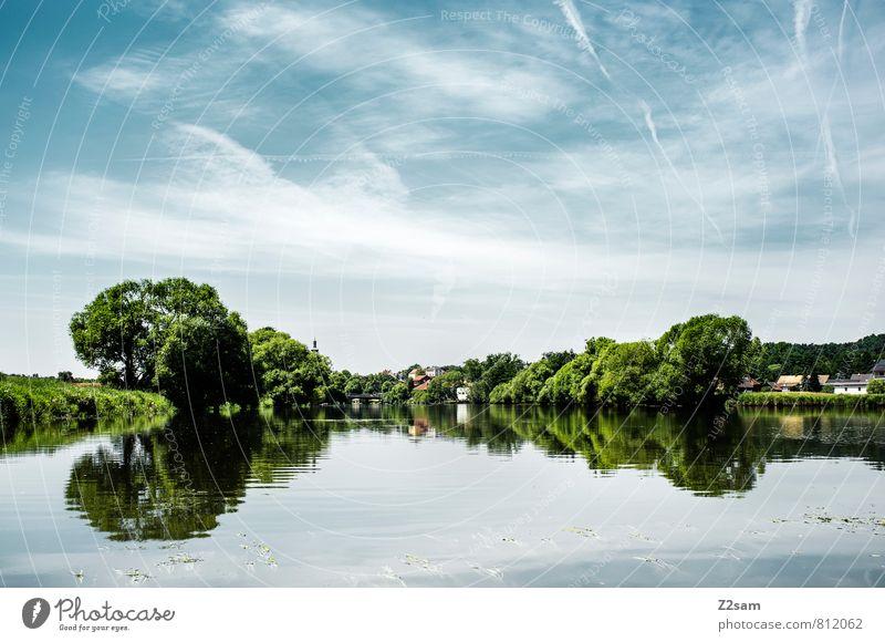 RUHE Ferien & Urlaub & Reisen Ausflug Sommerurlaub Umwelt Natur Landschaft Himmel Schönes Wetter Baum Sträucher Wiese Fluss natürlich blau grün Erholung Idylle