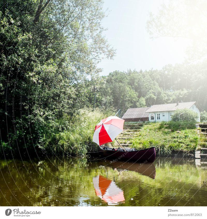 Kanuromanze wandern Natur Landschaft Sonne Sonnenlicht Sommer Schönes Wetter Baum Sträucher Wiese Flussufer Haus Erholung träumen Kitsch nachhaltig natürlich