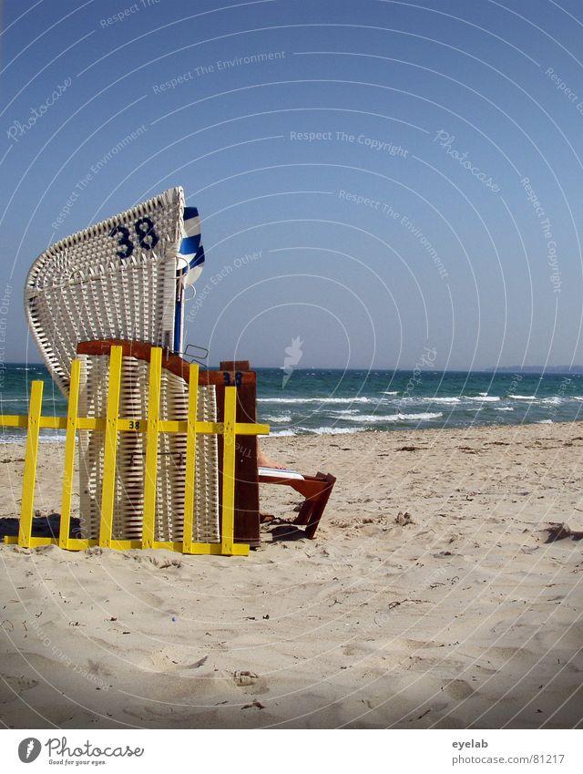 Deutschland - ein Wintermärchen Himmel blau Ferien & Urlaub & Reisen Sommer Strand Freude ruhig gelb Küste Sand Wellen Ostsee Bucht Jahreszeiten Brandung Gitter