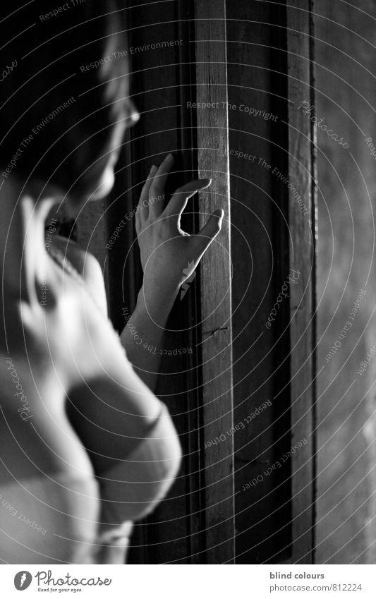 porte nackt Weiblicher Akt Hand Erotik Haare & Frisuren Kunst Zufriedenheit Haut ästhetisch Frauenbrust Freundlichkeit festhalten Spannung Unterwäsche Kunstwerk