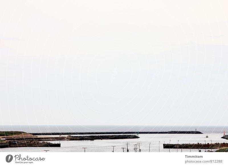 Molen. Ferien & Urlaub & Reisen Umwelt Wasser Himmel Sommer Nordsee Dänemark Hafen Leuchtfeuer Stein fest grau schwarz ruhig Farbfoto Gedeckte Farben