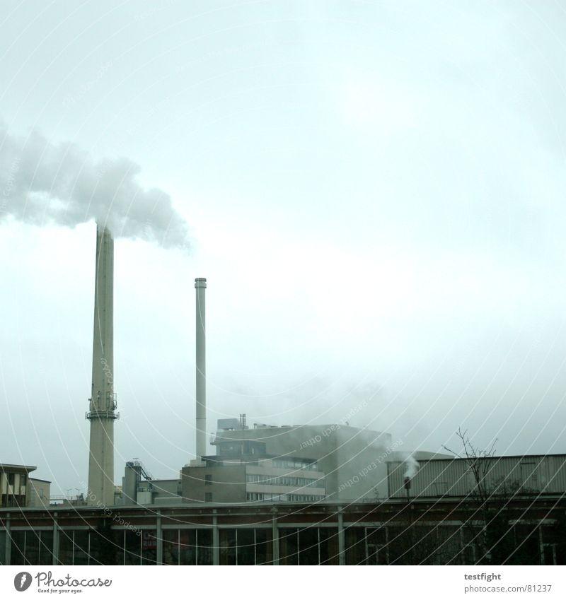 schwaben strom grau Energiewirtschaft hoch Elektrizität Industrie rund Industriefotografie Rauch Fabrik Abgas Schornstein Klimawandel Umweltverschmutzung