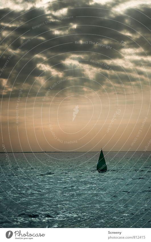 Markiert Ferien & Urlaub & Reisen Wasser Himmel Wolken Horizont Sonnenlicht Sommer Wellen Nordsee Meer Schwimmen & Baden Boje Wasserfahrzeug Farbfoto