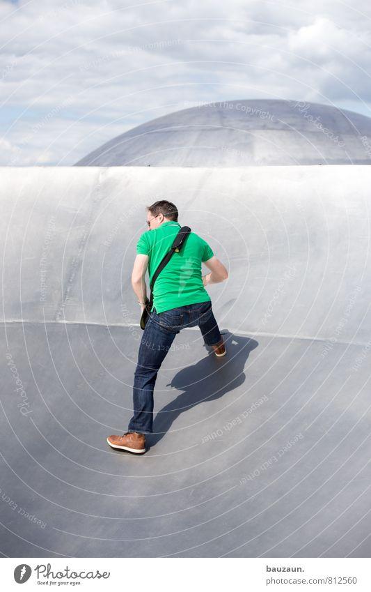viel glück. Mensch Himmel Ferien & Urlaub & Reisen Jugendliche Mann grün Sommer Sonne Wolken Freude Junger Mann Erwachsene Sport Metall glänzend maskulin