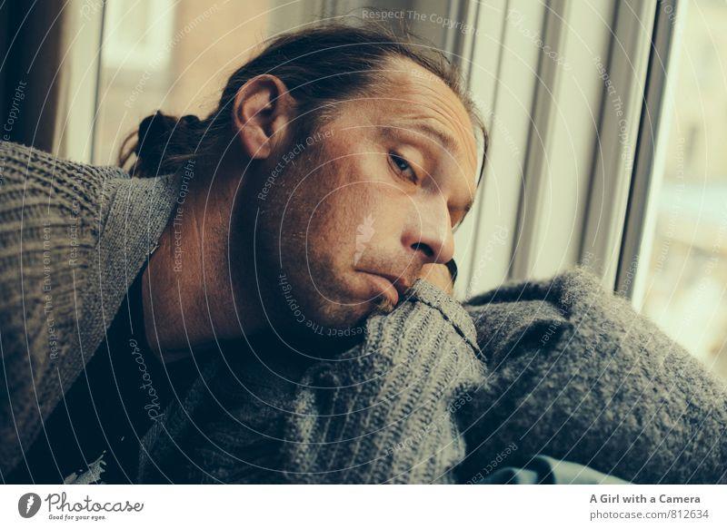aha Mensch maskulin Mann Erwachsene Gesicht 1 30-45 Jahre Blick Grimasse genervt spaßig Gedeckte Farben Innenaufnahme Textfreiraum rechts Tag