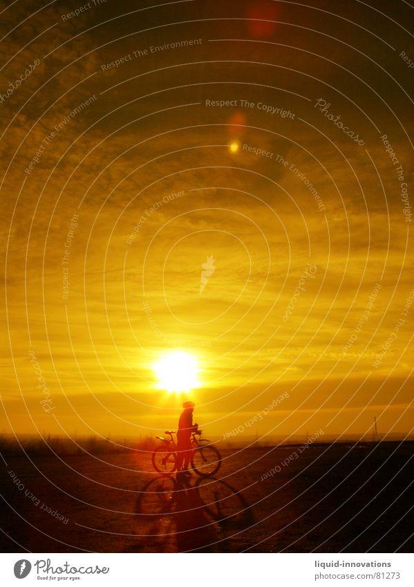 Sunny Biker Himmel Sonne Wolken Fahrrad Horizont Abenddämmerung Fahrradfahren Himmelskörper & Weltall