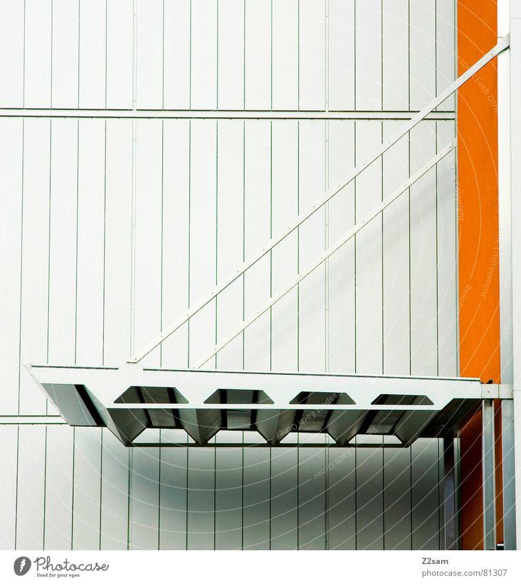 zugbrücke Zugbrücke Dach Sauberkeit abstrakt einfach graphisch Geometrie modern dachgestell Brücke Lamelle Linie hell orange Farbe Strukturen & Formen ruhig