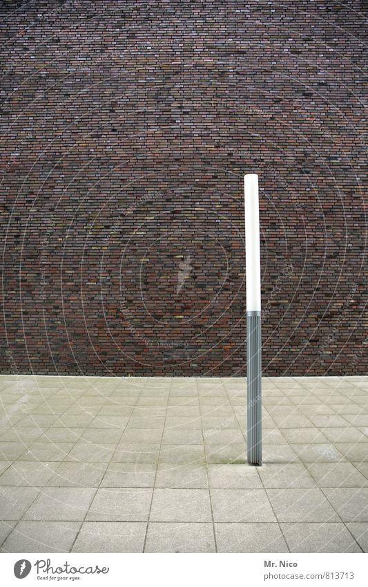 __l_ Traumhaus Platz Bauwerk Gebäude Architektur Mauer Wand Fassade trist Lampe Bodenplatten Steinplatten Beleuchtung Wege & Pfade Energie Leuchtstab
