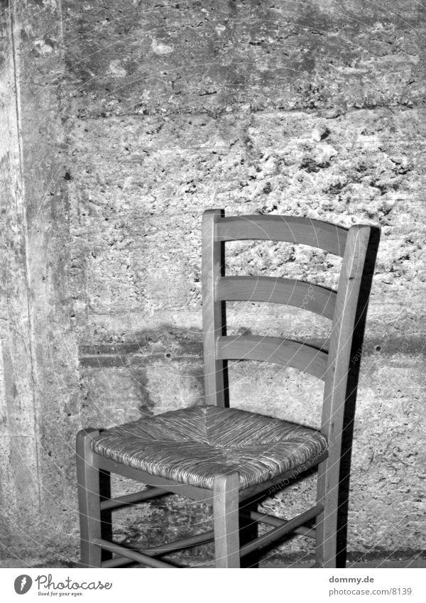 bitte nehmen Sie platz schwarz Stuhl Häusliches Leben Keller