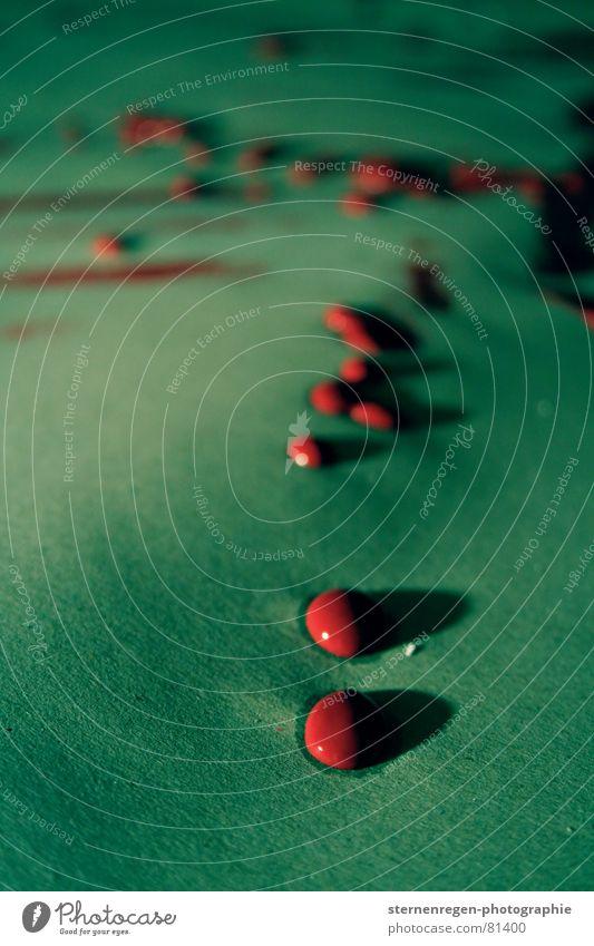 drops- rot grün chaotisch streichen Kunst Schlagschatten Farbgestaltung Anstrich Makroaufnahme Nahaufnahme petrol Farbe Wassertropfen Schatten Tropfen