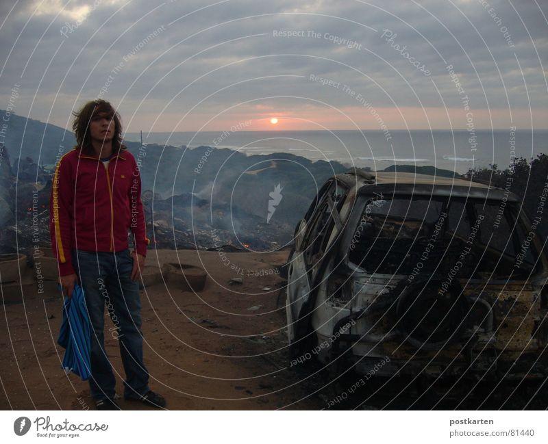 Amazing sunrise in Mozambique Natur Ferien & Urlaub & Reisen Meer Traurigkeit PKW Brand verrückt Abenteuer kaputt brennen Zerstörung Alptraum Brandasche