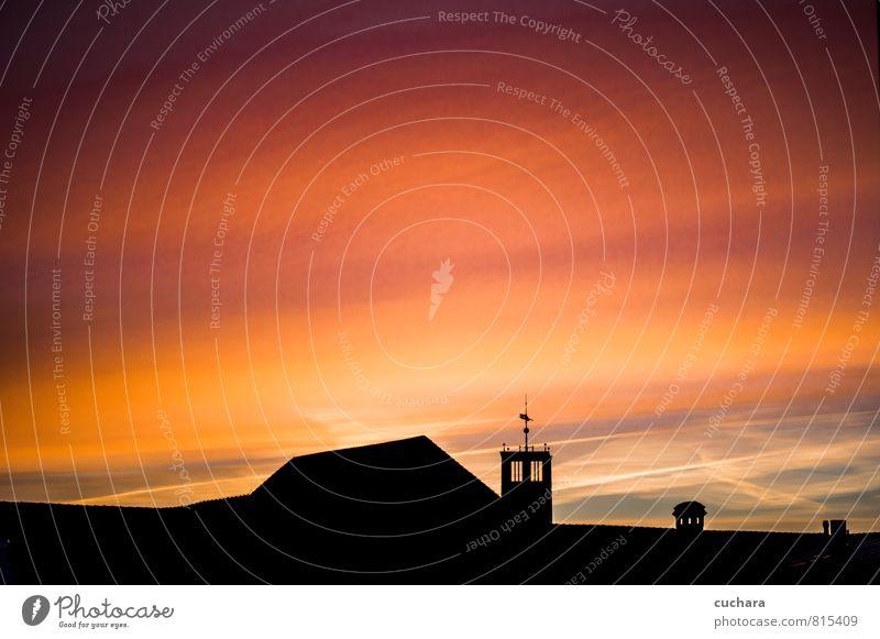 Himmel Ferien & Urlaub & Reisen Stadt Sonne rot Landschaft schwarz Wärme Stimmung rosa Luft orange Kirche Dach Kitsch Wolkenloser Himmel