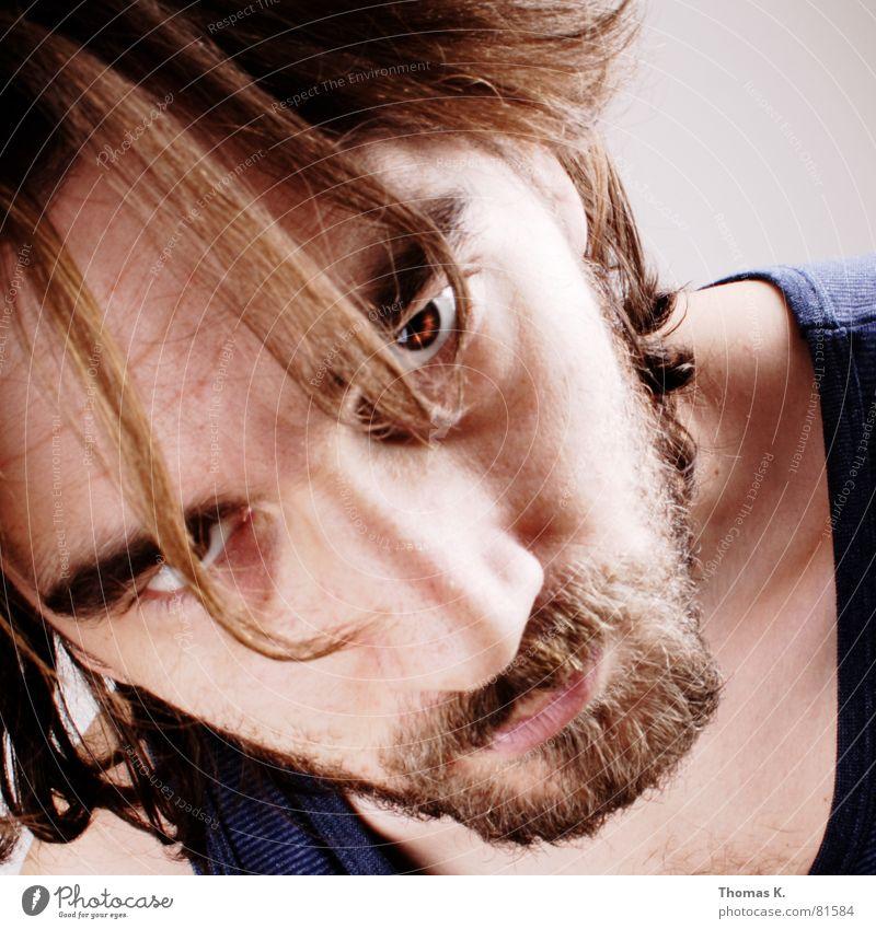 Aus Mangel an Modellen. (oder™: Der Bart muß weg.) Mann Gesicht Kopf Haare & Frisuren Glas Arme Haut Nase T-Shirt Spitze lang Brust Tattoo Schulter Sonnenbrille