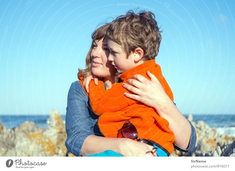 264 [Hoffnung schenken] Mensch Kind Ferien & Urlaub & Reisen Sonne Meer Ferne Erwachsene Leben Liebe Küste Junge Glück Zusammensein Familie & Verwandtschaft