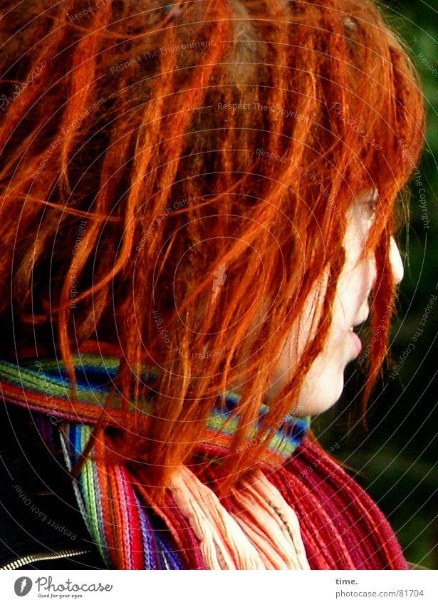Paradiesvogel mehrfarbig Silhouette Profil schön Haare & Frisuren Junge Frau Jugendliche Kopf Schal rothaarig Locken Rastalocken blau grün Farbe Halstuch
