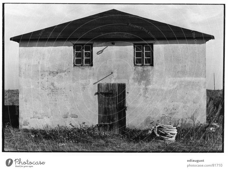 das Gesicht des Hauses Fenster Architektur Tür Hiddensee
