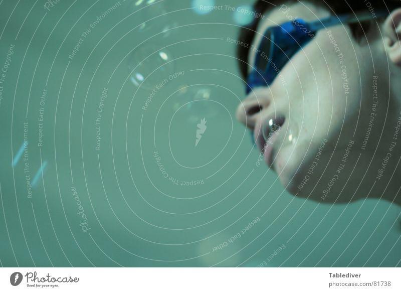 Dahingleiten Schwimmbrille See Frau Mädchen tauchen Meer Luft Schwimmbad Sport Spielen goggles Wasser blasen bubbles Unterwasseraufnahme Schwimmen & Baden