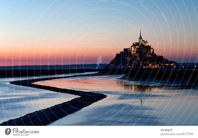Mont Saint Michel Ferien & Urlaub & Reisen blau Meer schwarz Religion & Glaube außergewöhnlich Horizont träumen orange Tourismus Europa Insel Ausflug fantastisch Kirche Kultur