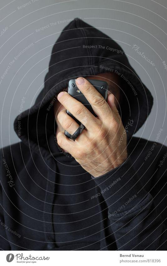 anonym surfen Mensch Mann Hand schwarz Erwachsene grau braun maskulin Technik & Technologie Telefon Internet verstecken Kapuze online PDA