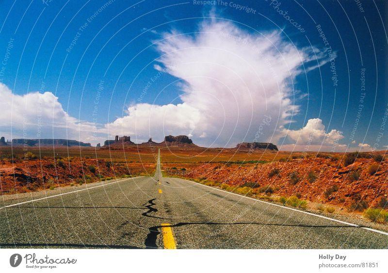 Die Wolke, die uns den Sonnenuntergang stahl Wolken Sommer Macht fantastisch Dieb träumen 2006 USA Himmel Straße Wüste blau orange Ferne groß Wege & Pfade