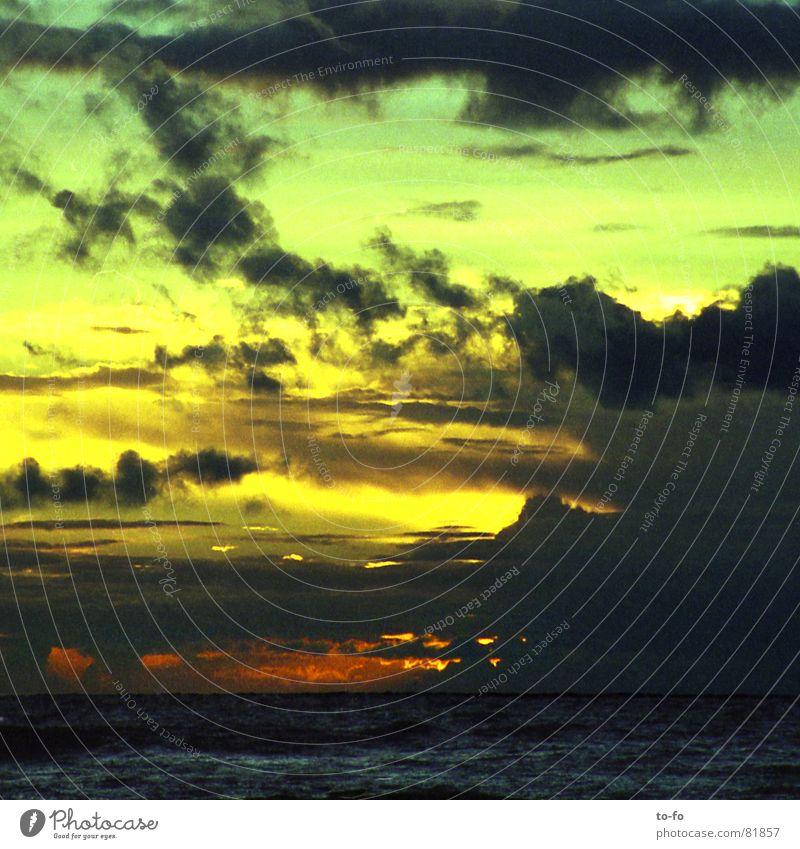himmelgrün Wasser Himmel Sonne Meer Sommer Strand Ferien & Urlaub & Reisen Wolken Farbe Erholung See Küste Wetter Romantik Abenddämmerung malerisch